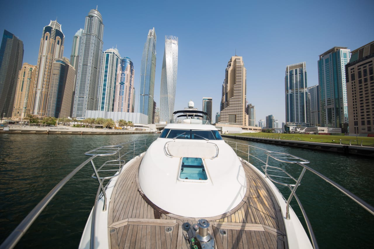 panoramic view of dubai marina in 62ftyacyht