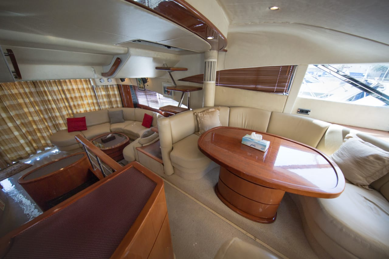 interior yacht 62ft