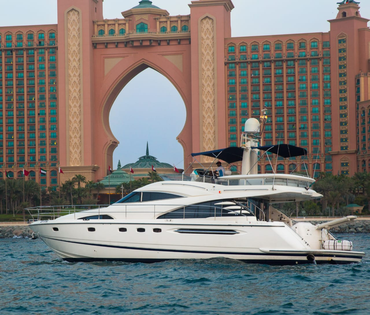 62ft yacht rental dubai marina